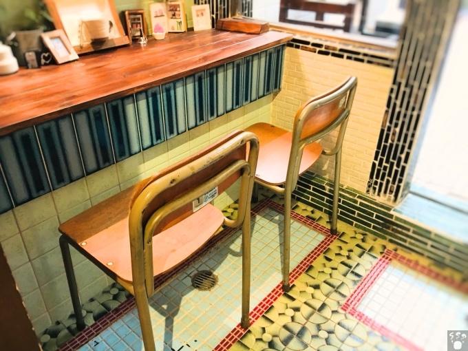 ハシゴカフェ 脱衣所の席